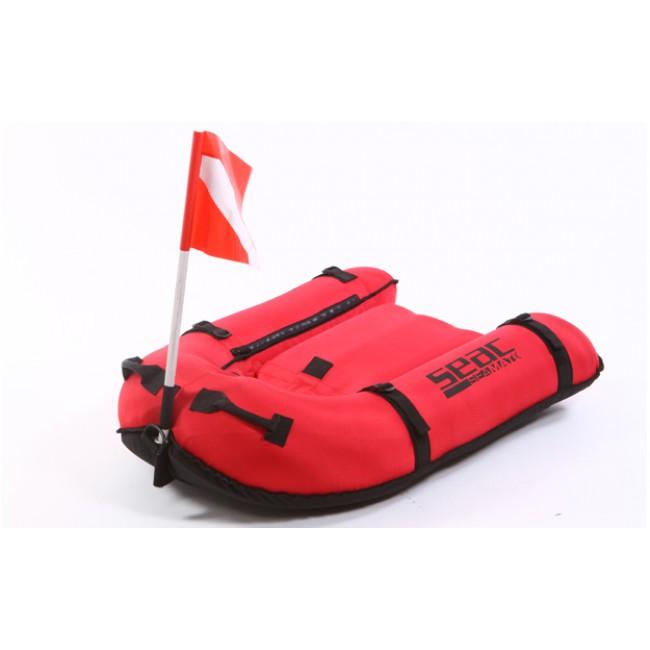 un flotteur doit faire parti de votre matériel pour la chasse sous-marine